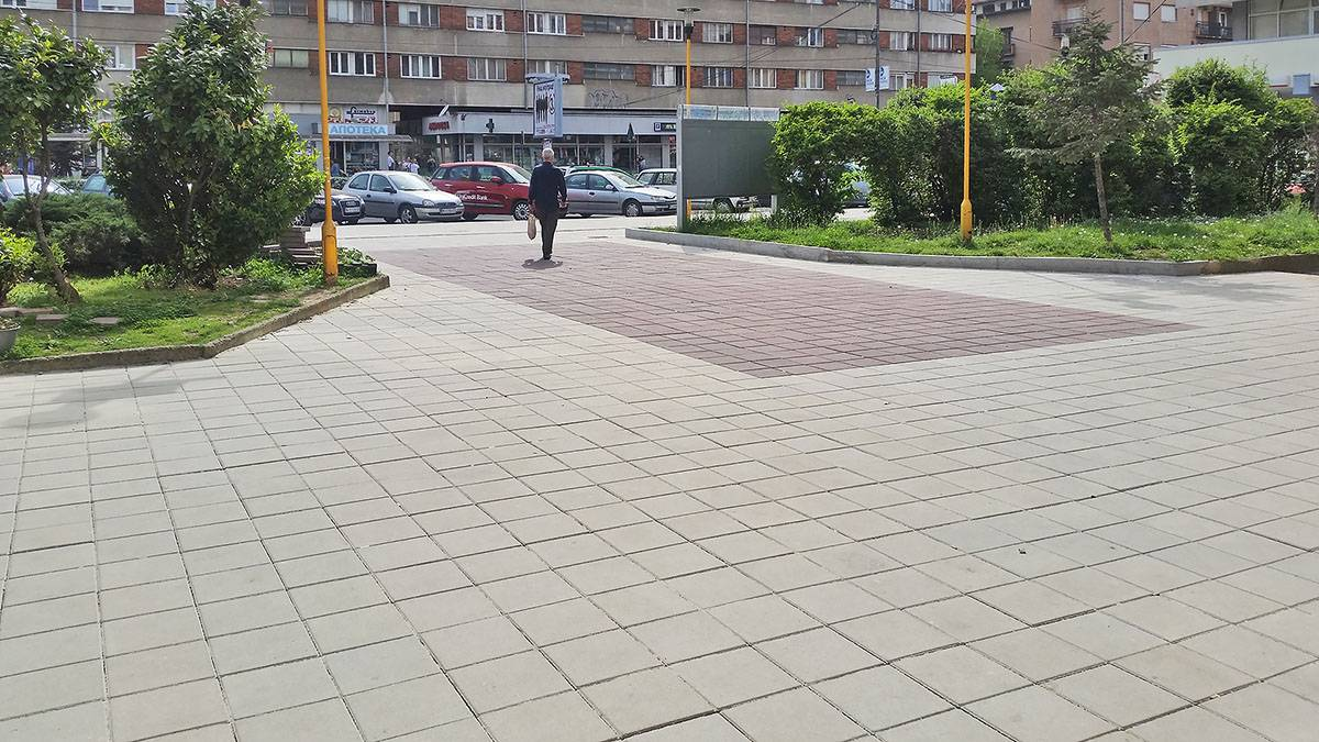 SN6-Zavrseni-radovi-parterno-uredjenje-Trg-Patrijarha-Pavla-Nis-2016-1